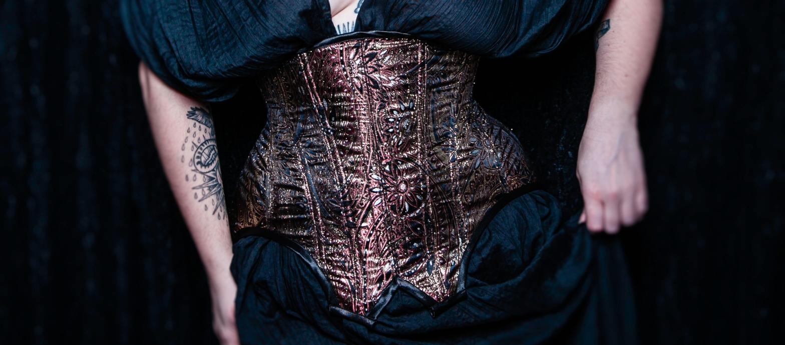 Corset underbust Nyx d'inspiration Edwardienne Par Maison Charlie Grilhé Autoportrait par Camera Historia